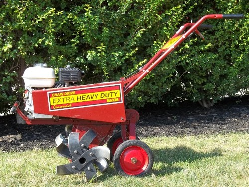 Most Important Tools for Summer Lawn Maintenance | Lawrence Tool Rental Inc.