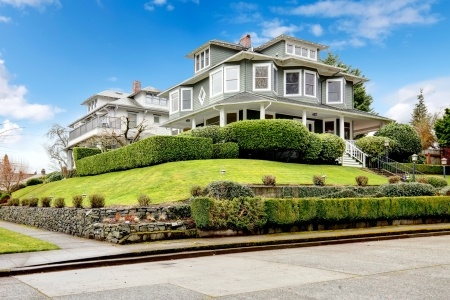DIY: Boosting Your Home's Curb Appeal | Lawrence Tool Rental Inc.