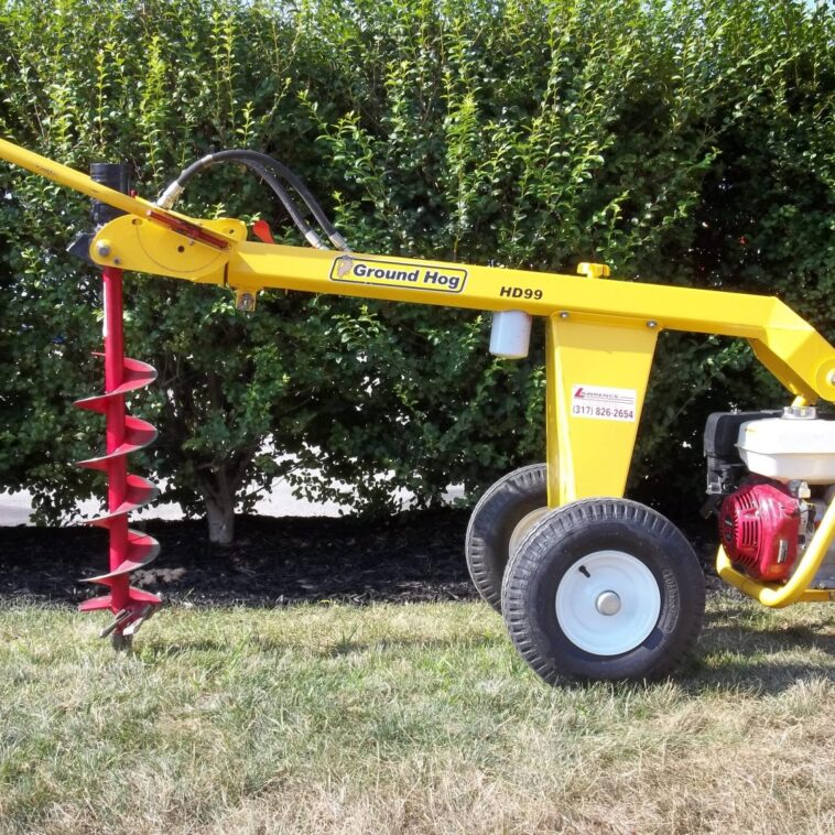 Ground Hog Hydraulic Towable Auger
