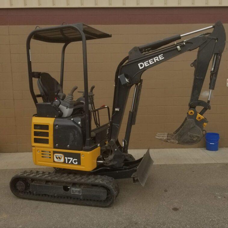 John Deere Mini Excavator 17G