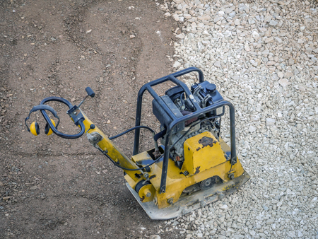 plate compactor for hardscaping